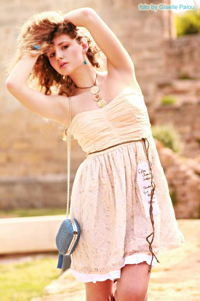 vestido con mucho glamour de la colecccón Ian Mosh verano 2012 (disponible en Onix)